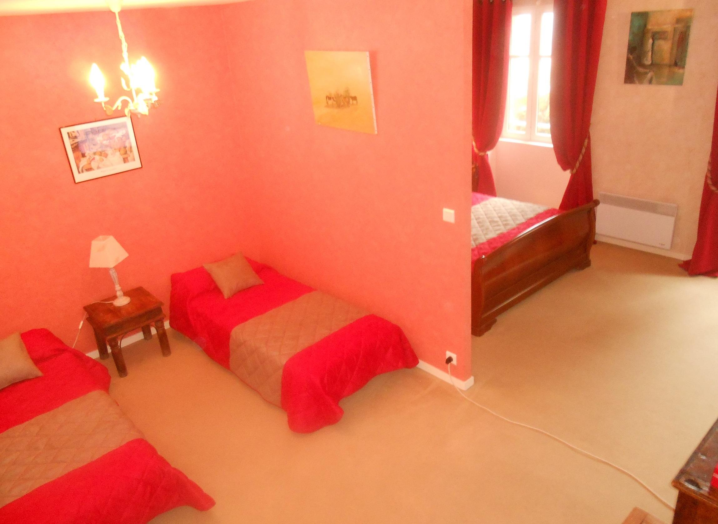 Hotel de la barbacane pas ch re tarifs et r servations for Hotel pas chere